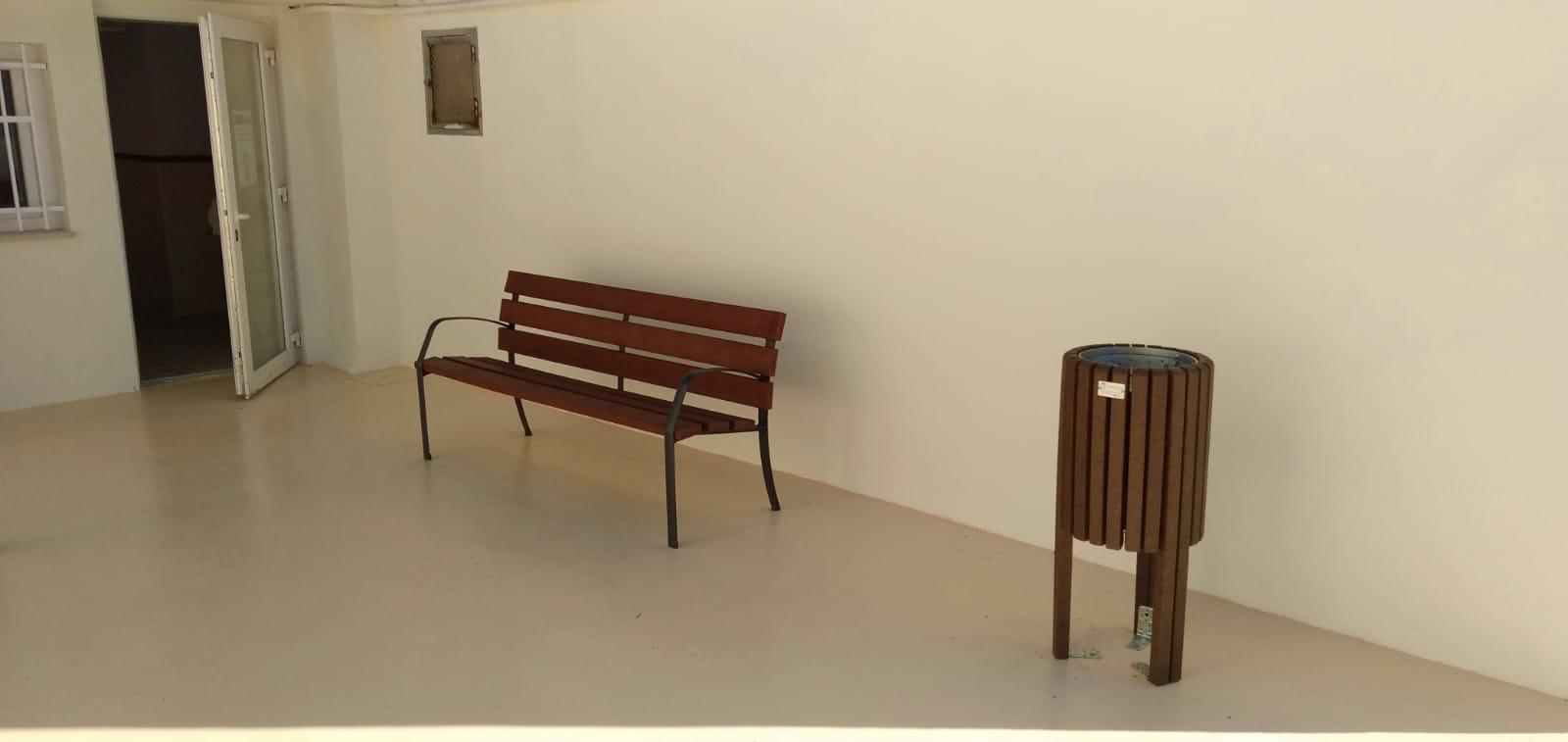 Colegio Alcublas – mobiliario urbano